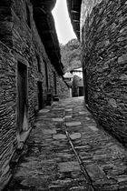 Una calle de Cerdeda