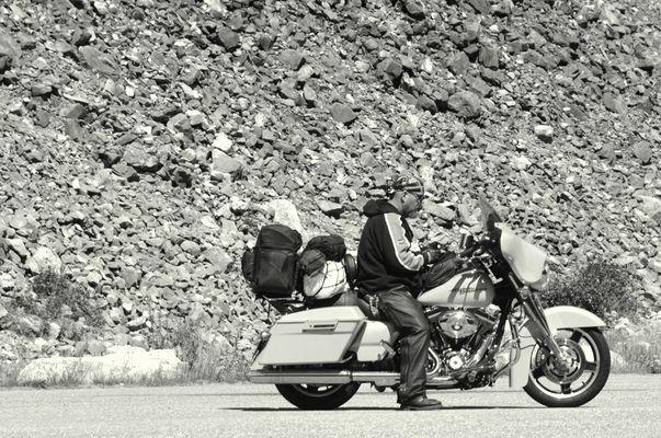 una fermata sulla strada rocciosa per Grand Teton