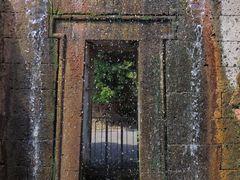 Una porta verso  ..............
