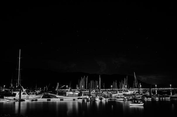 Una serata al porto bn