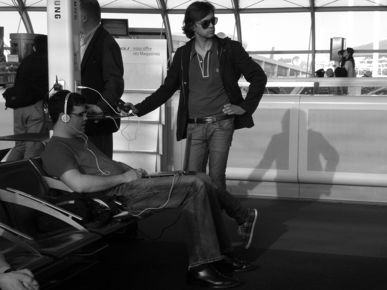 Una tarde en el aeropuerto de París.