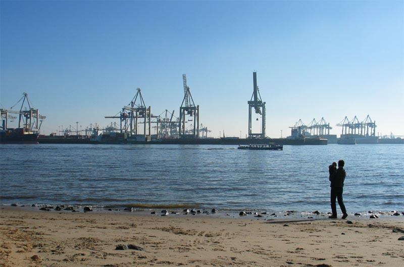 """""""...und das da drüben ist unser großer Hafen"""""""