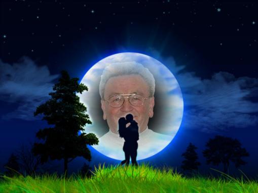 Und der ``Mann im Mond`` schaut zu ! Eine weitere Spielerei.