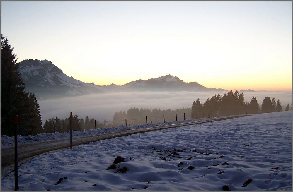 und der schnee löst sich auf in der frühlingssonne