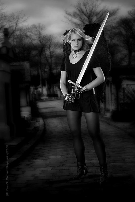 Und der Tag wird kommen an dem die Engel Schwerter tragen ... II