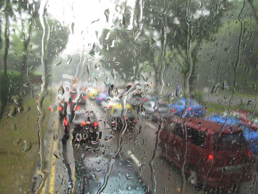 ...und draussen regnet's