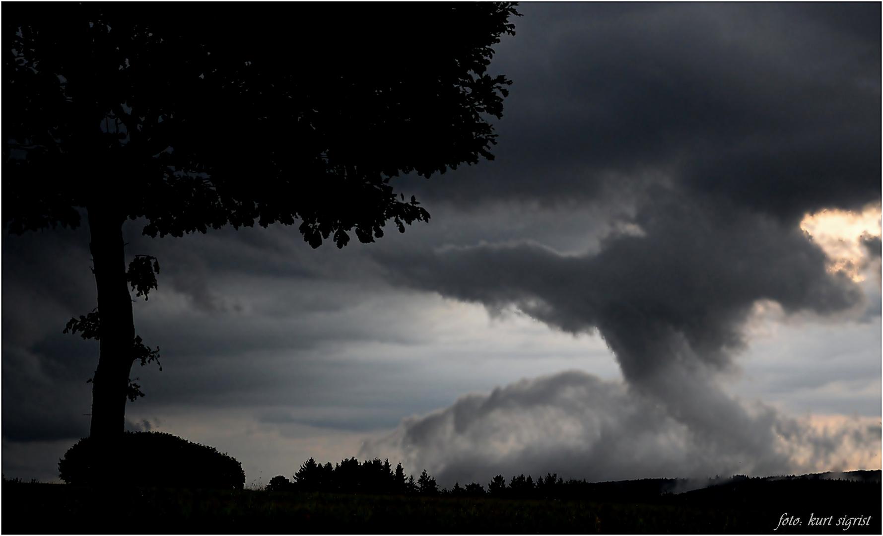 ...und ein Engel schwebte herab aus den Wolken...