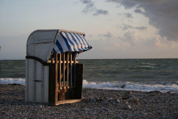 Und es wurde Abend am Strand von Wallnau...