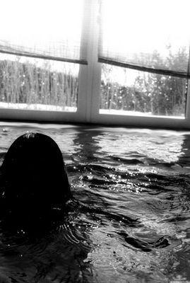 ...und manchmal vergess ich einfach, den wasserhahn in meinem zimmer abzudrehen..