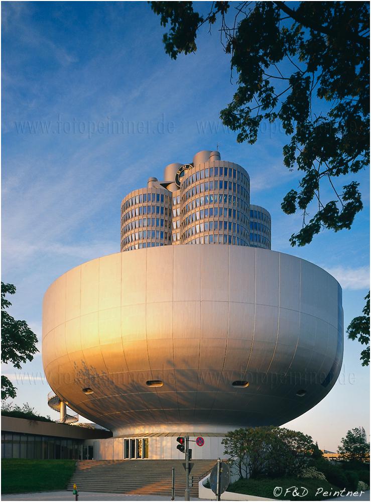 Und noch ein Bild vom BMW Museum