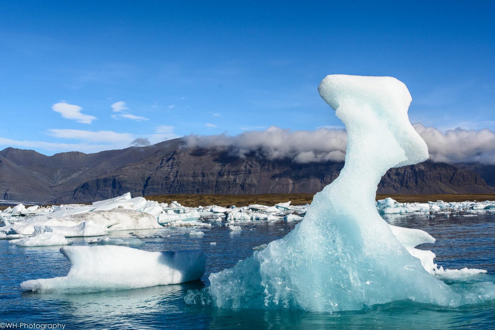 Und noch ein Eisberg oder besser eine Eisskulptur?