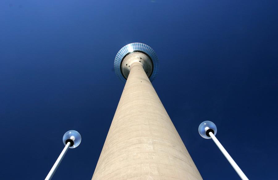 ...und nochmal der Rheinturm