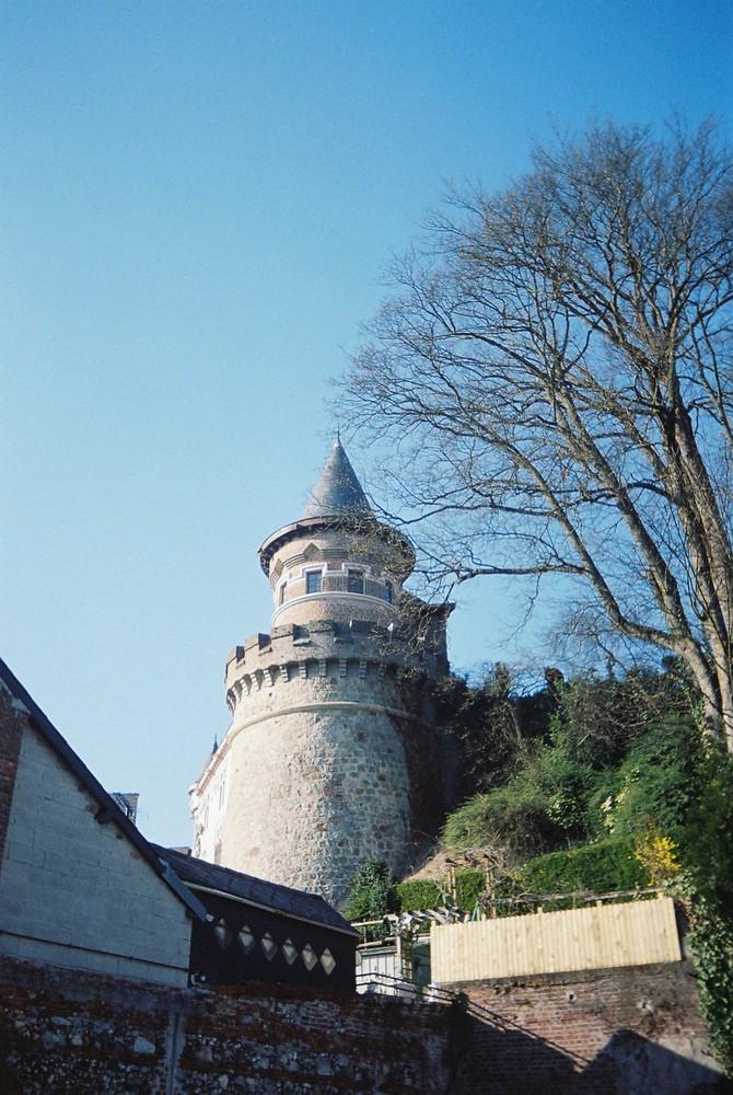 Une des tours de Vervins.