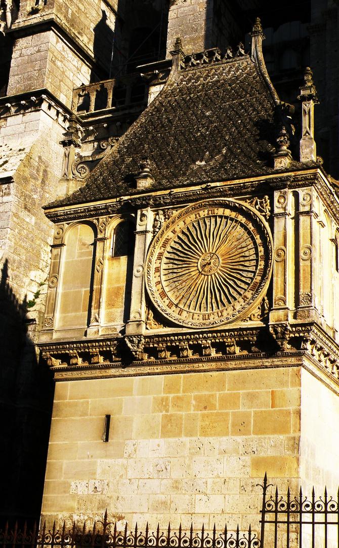 Une horloge de la Cathédrale de Chartres