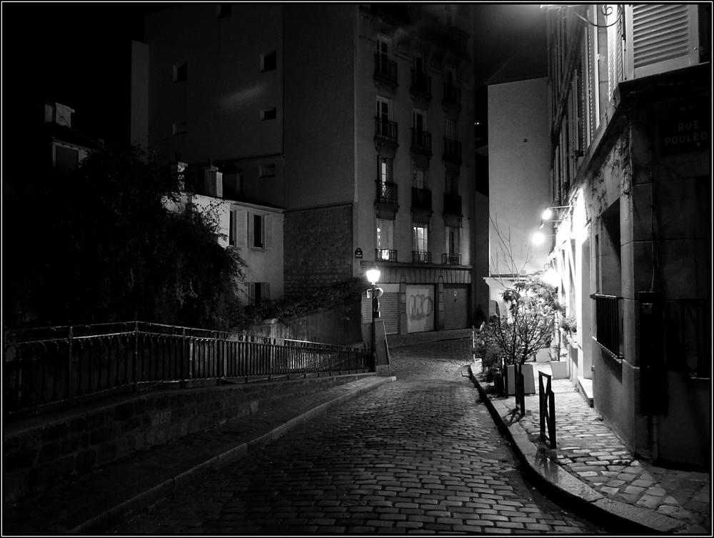 Une nuit montmartre photo et image europe france for Une nuit a paris