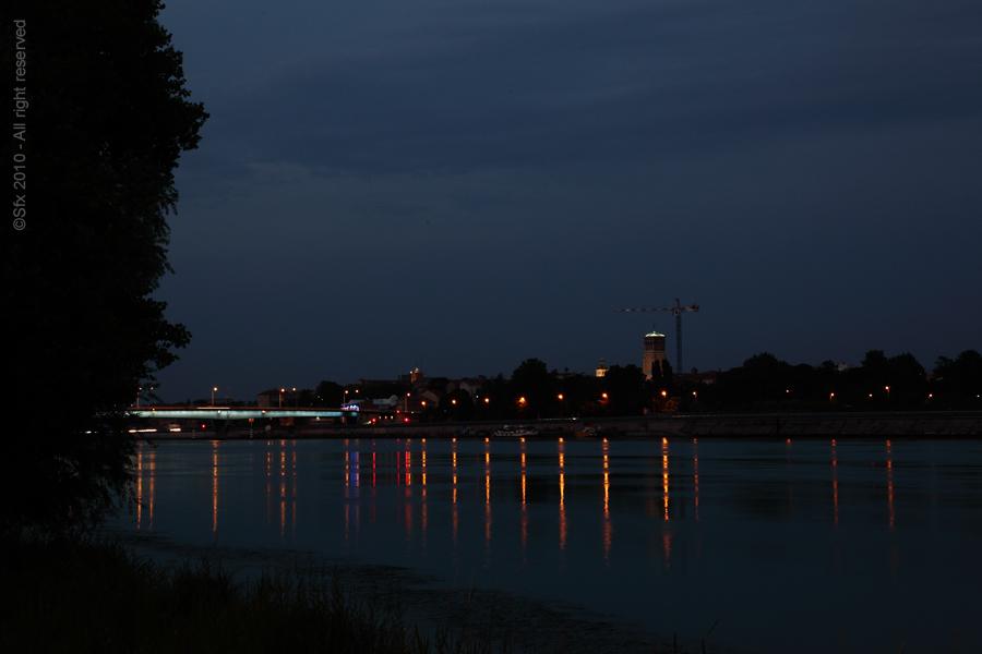 ...une nuit au bord du Rhône...