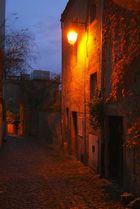 une petite ruelle à Semur en Auxois