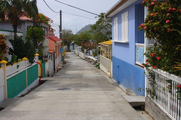 Une rue des Saintes (Guadeloupe)