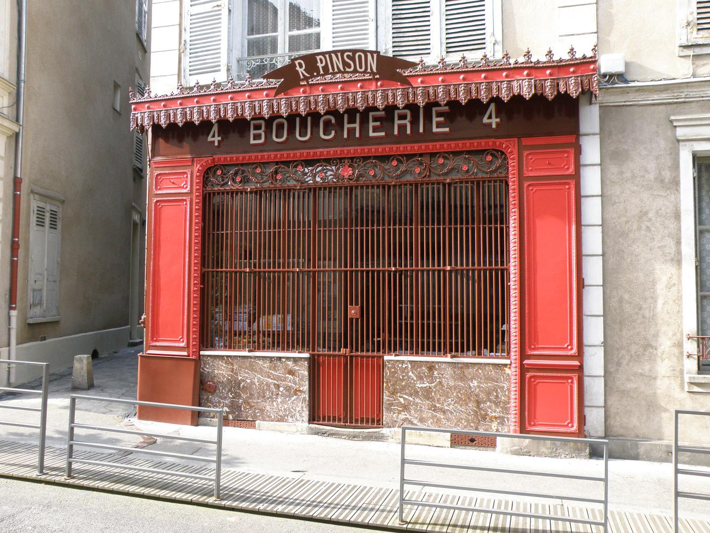 Une vieille Boucherie dans Chartres.