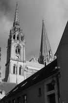 Une vue originale de la Cathédrale de Chartres