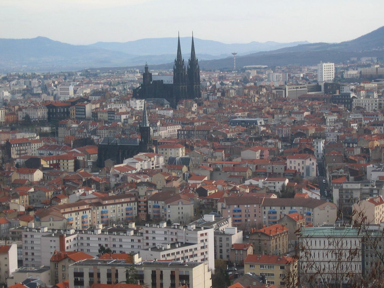 Une vue partielle de Clermont-Ferrand