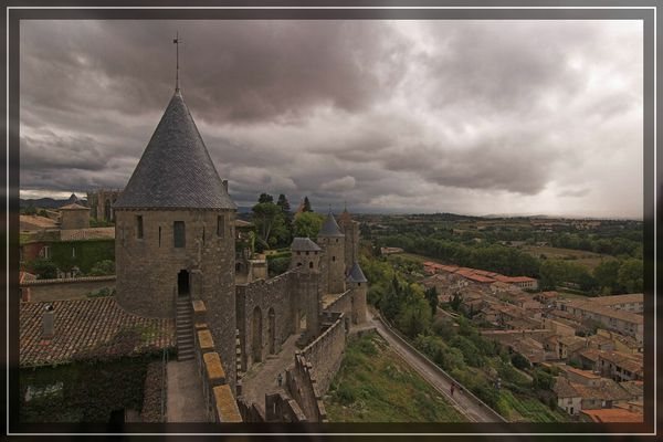 Unheil über Carcassonne