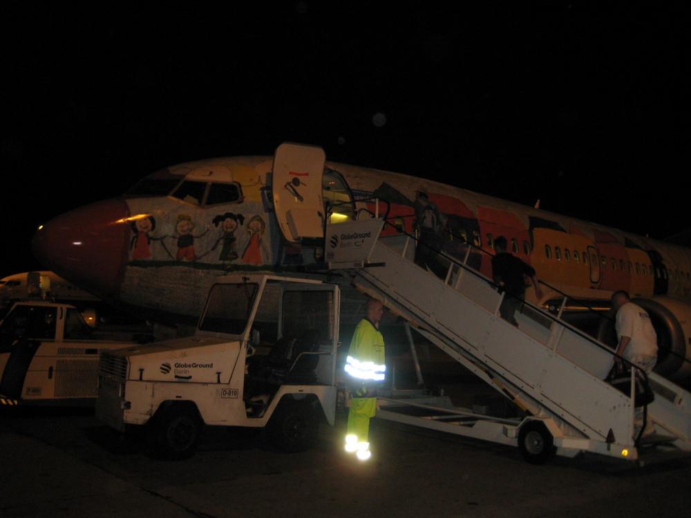 UNICEF Express Boeing