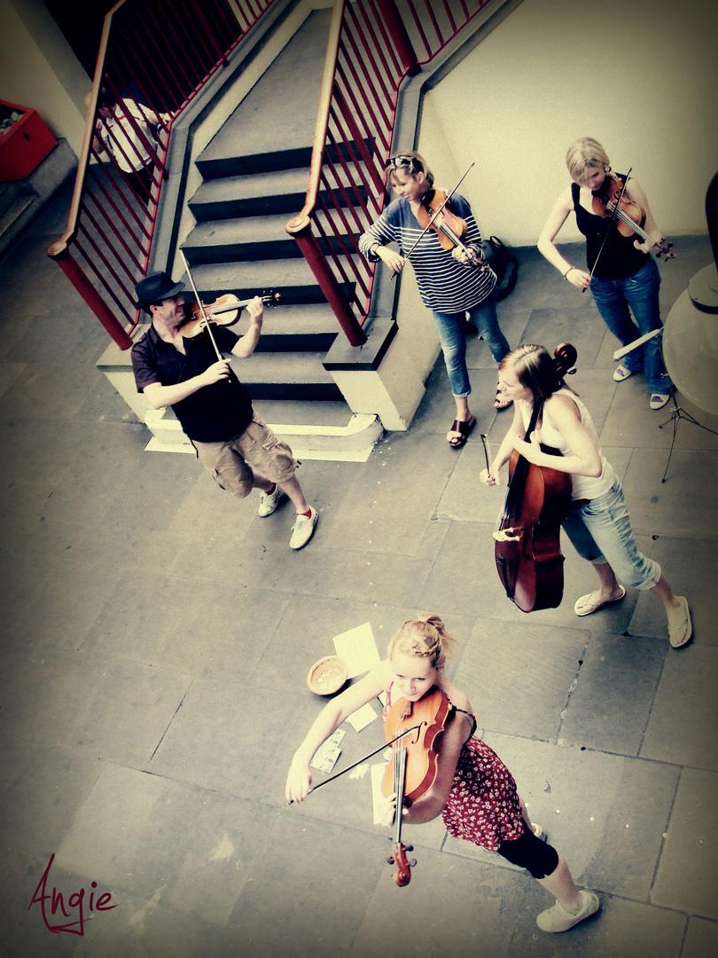 Unidos Por????........Para el fantástico proyecto ''La calle''