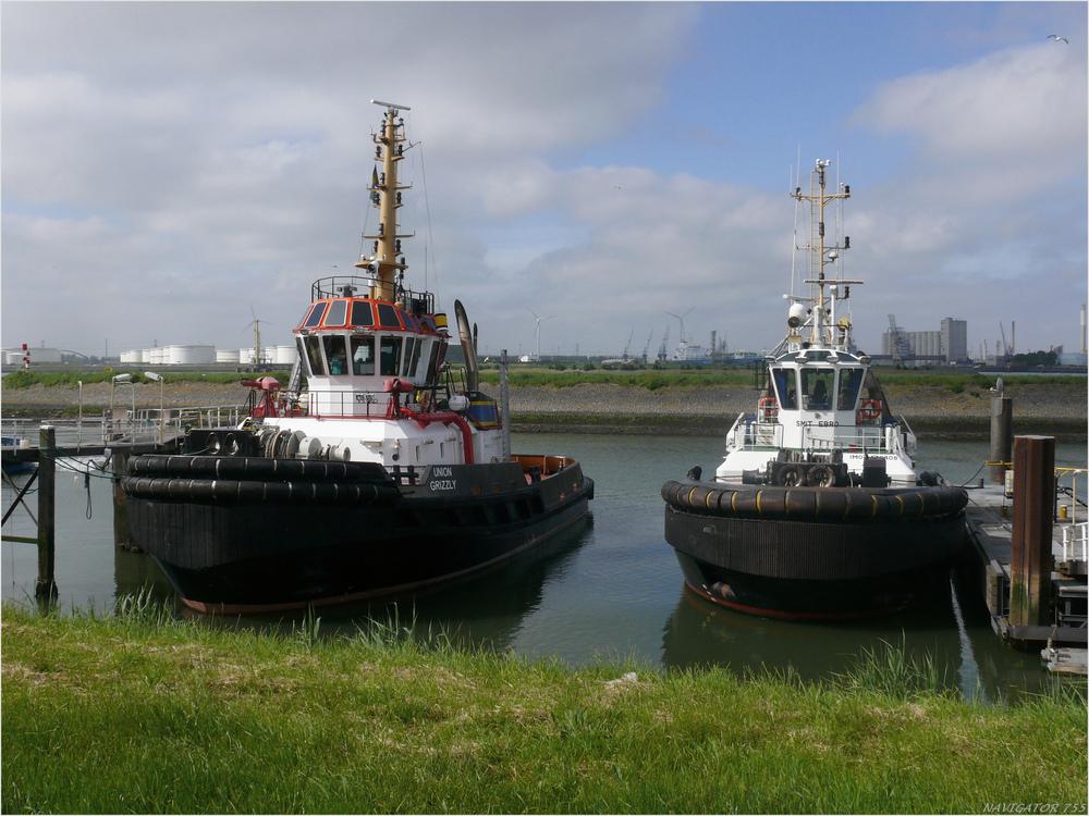 UNION GRIZZLY + SMIT EBRO / Tugs / Scheur Hafen / Rotterdam