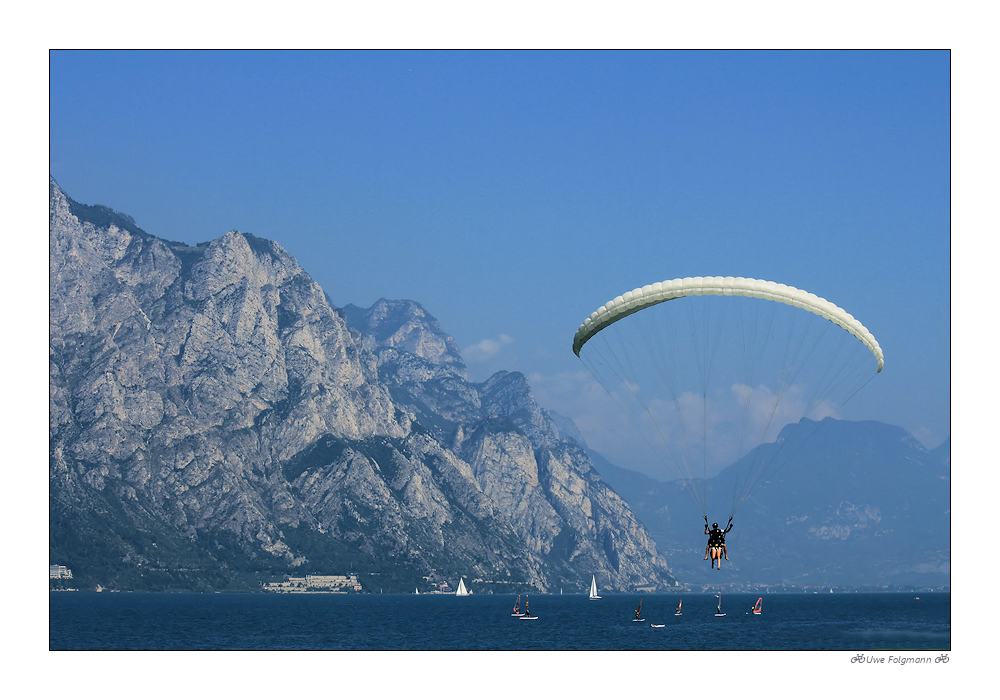 Unknown Pilot im Landeanflug am Lago di Garda