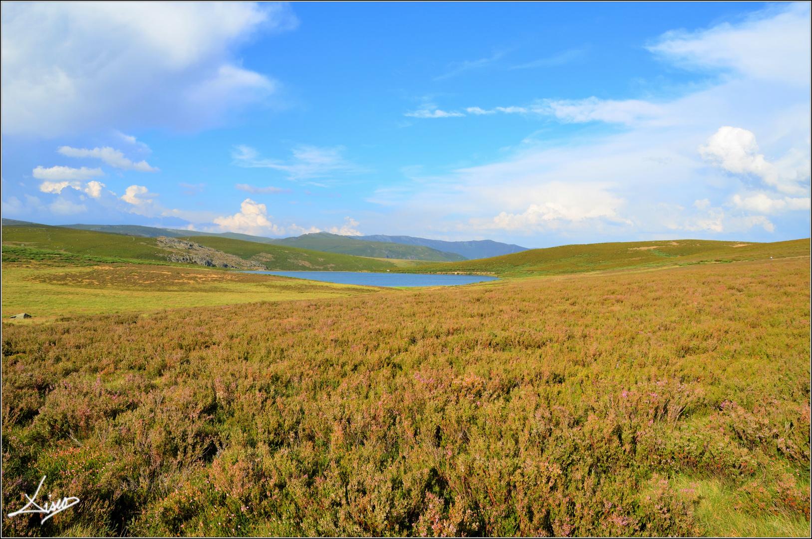Uno de los lagos de Sanabria.