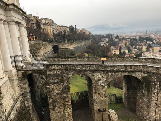 Uno degli accessi a Città Alta : Porta San Giacomo