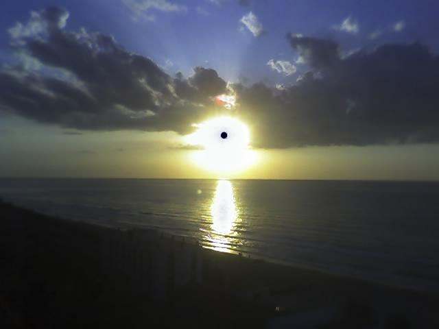 uno strano sole...