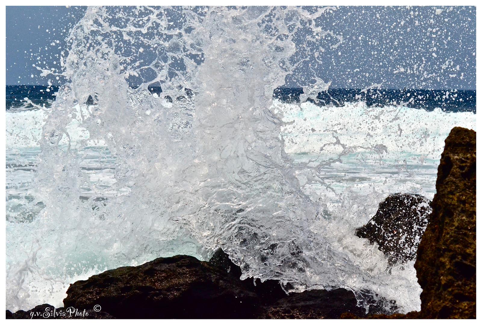 ...un'onda diventa scultura...