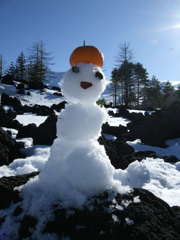 Unser kleiner Schneemann am Ätna, Sizilien