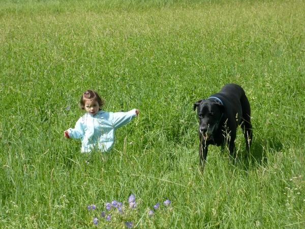 Unsere Emilia mit unserer Dogge King!!