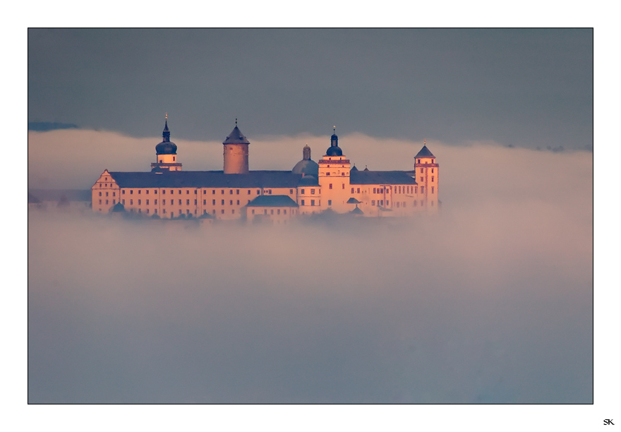 Unter dem Nebel ...