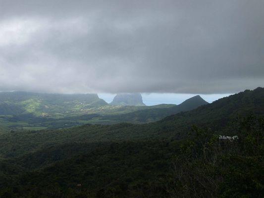 Unter den Wolken auf Mauritius