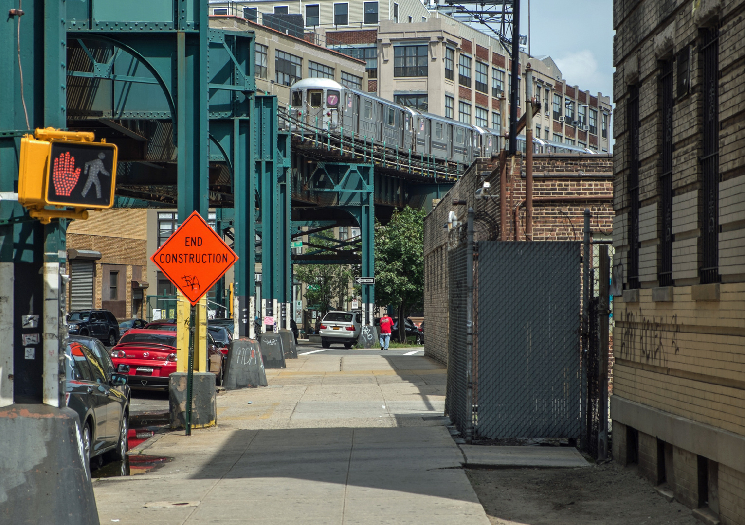 Unter der Hochbahn in Queens