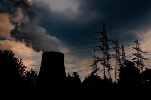Unter Strom und an Kernkraft...