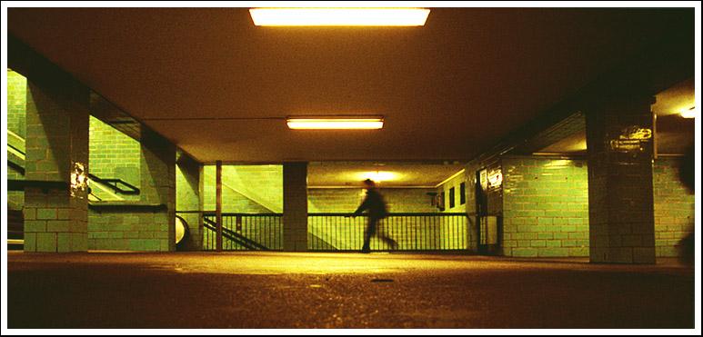 Untergrund VI- run away