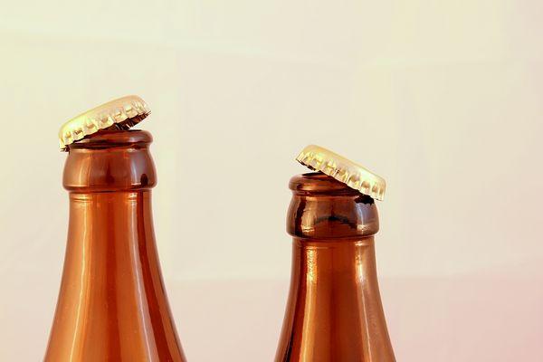 Unterhalten sich zwei Flaschen...