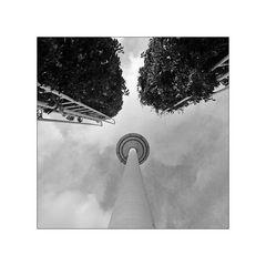 Unterm Europaturm