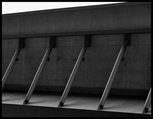 Unterteil einer Autobahnbrücke A71