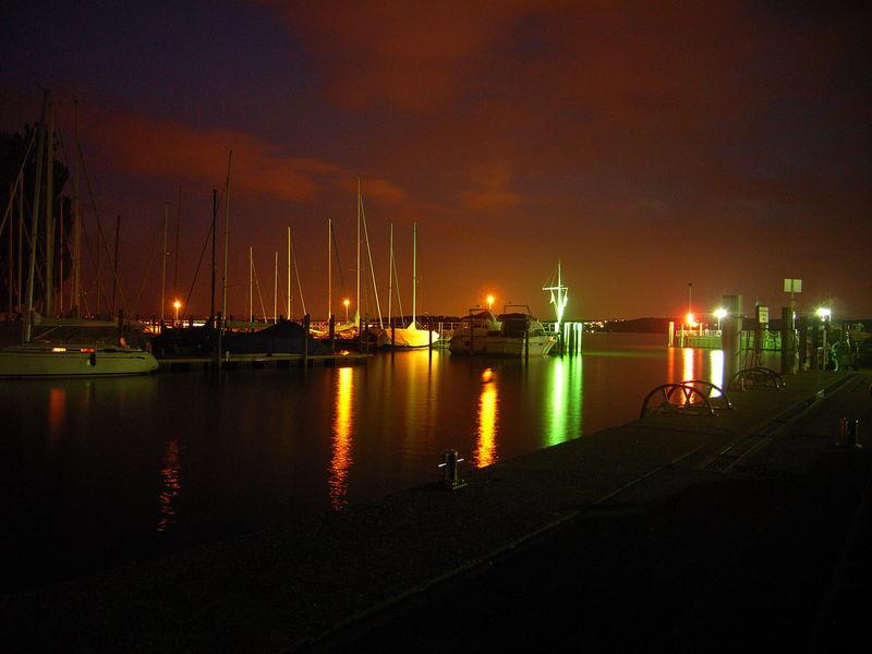 Unteruhldinger Hafen bei Nacht!