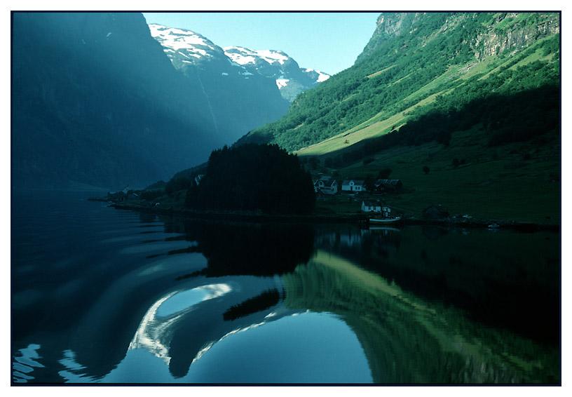 Unterwegs im Naeröyfjord