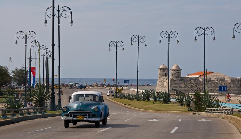 Unterwegs in Havanna + 2 +