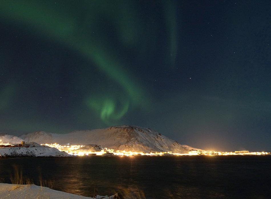 Unterwegs zum Nordkapp im Winter – Polarlicht über der nördlichsten Stadt Europas…