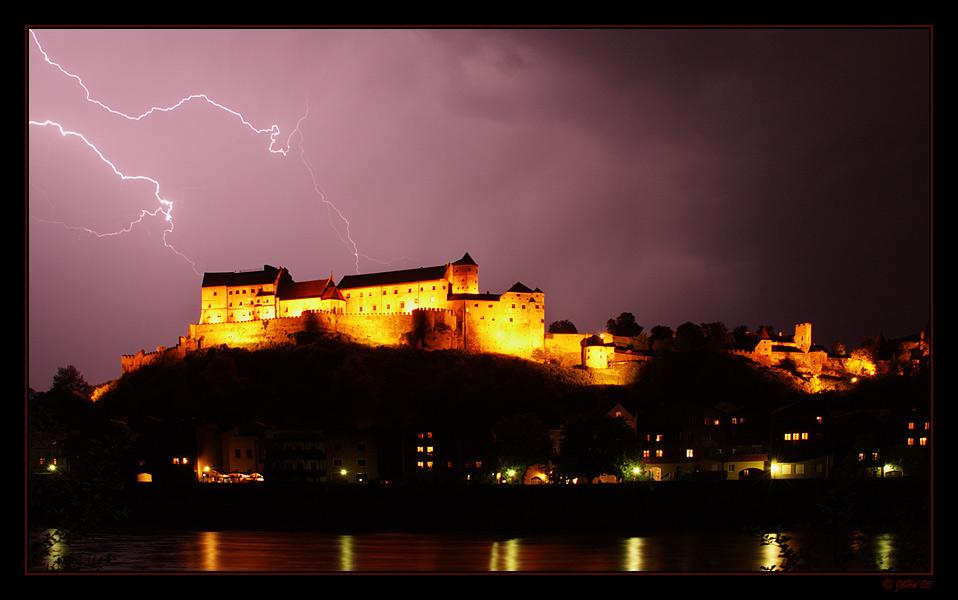 Unwetter über der Burg