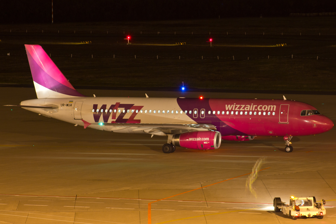 UR-WUA Wizz Air Ukraine Airbus A320-232